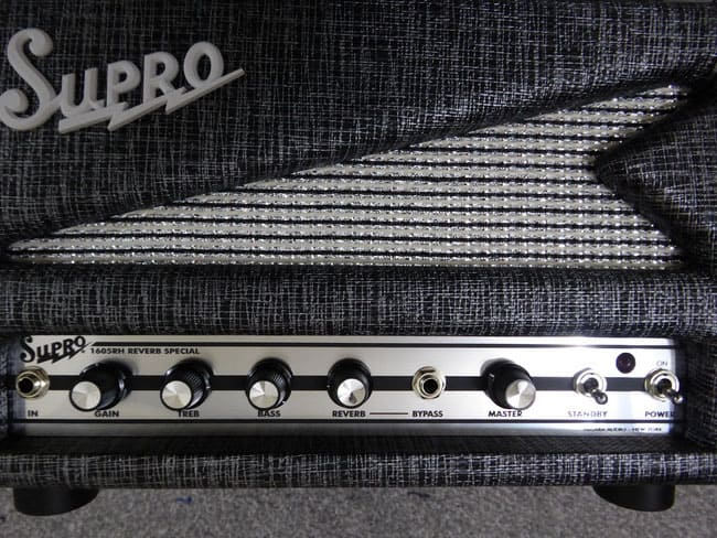 Supro 1605RH Reverb Special Front Controls