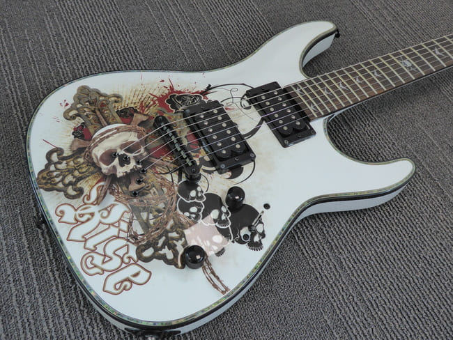 Dean Vendetta Resurrection from Guitar Guitar