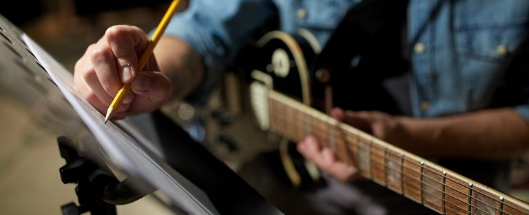 How To Write A Song: The Beginner's Guide
